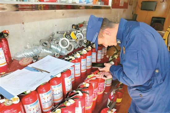 """拉萨消防开展""""3·15""""消防产品专项整治"""